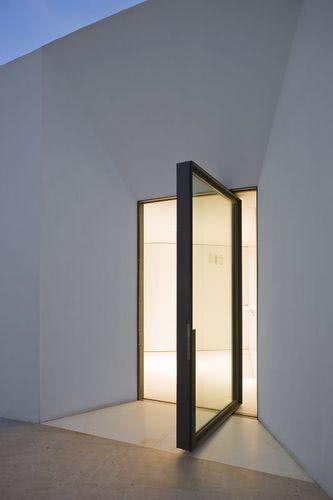 Porta minimalista