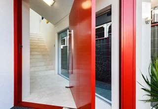 90 Modelos de portas: Correr, madeira, vidro – Fotos
