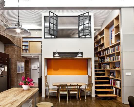 Loft com janela interna
