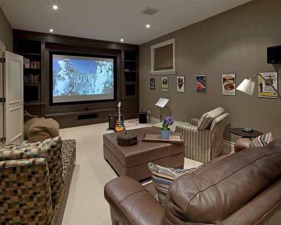 Exemplos de Decoração de Home Theaters em Ambientes