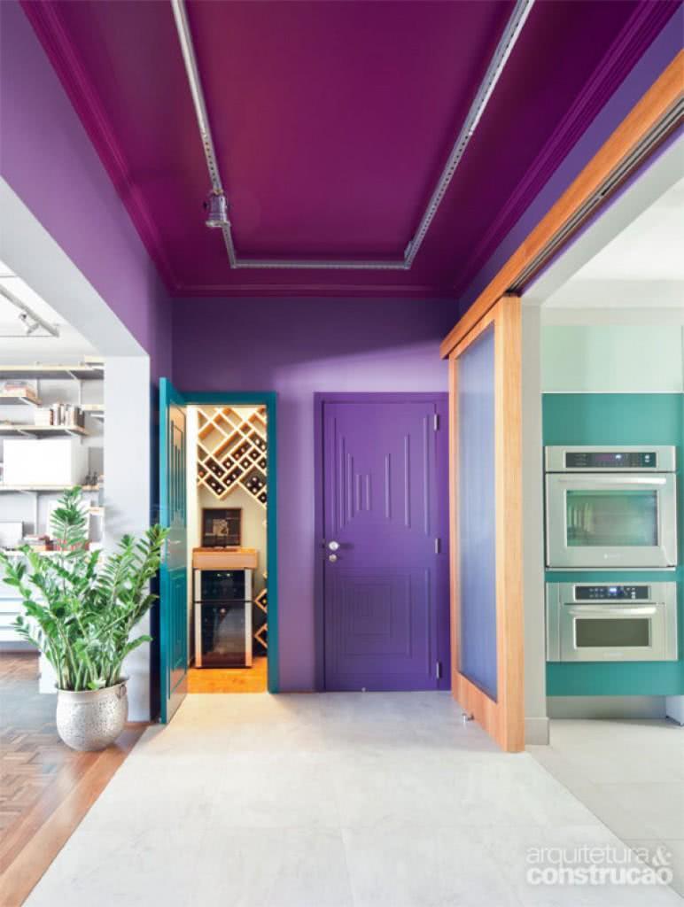 Que tal brincar com cores na sua decoração?