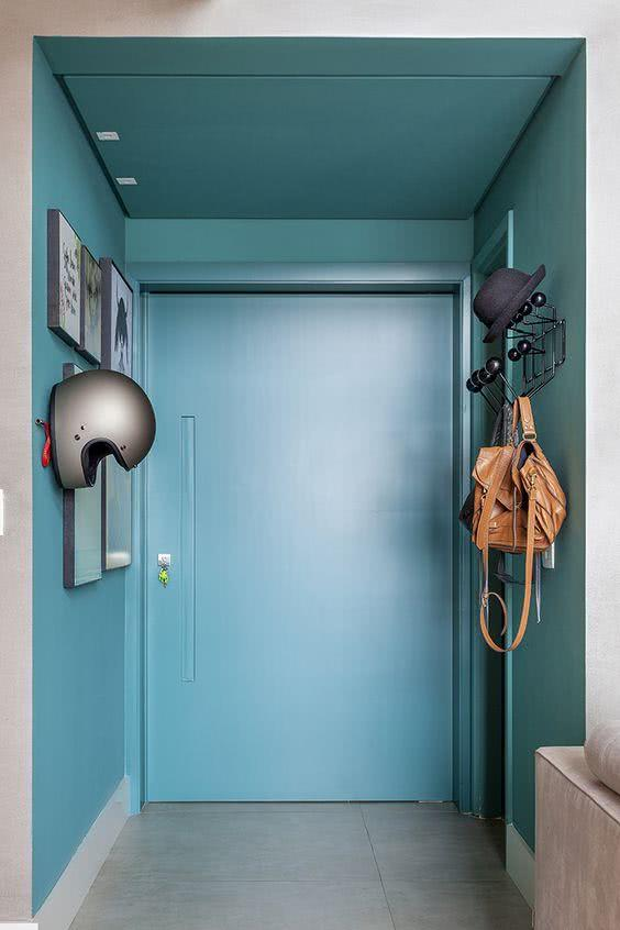 Que tal um hall de entrada com sua cor favorita?