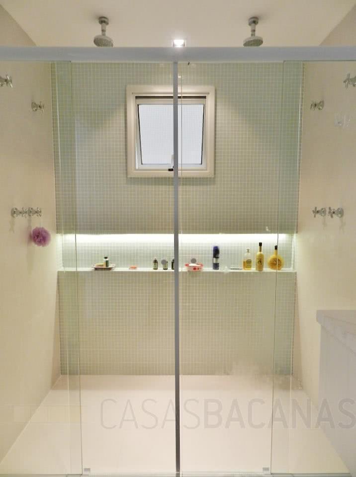 95 Modelos de Banheiros Decorados para te Inspirar -> Banheiro Com Pastilha Box