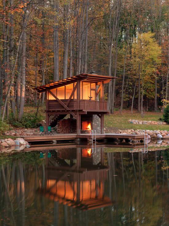 Casa na Arvore em frente a lagoa