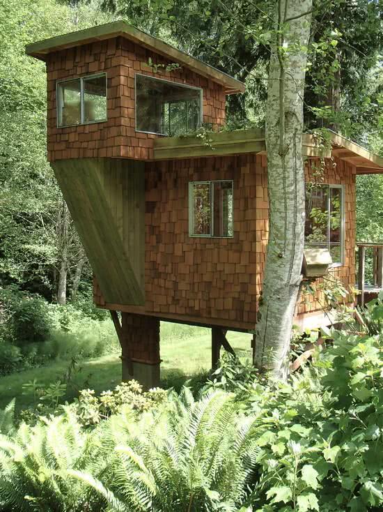 Casa na Arvore feita de tijolo