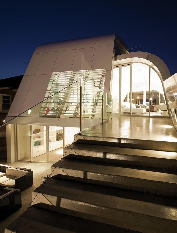 52 fachadas de casas com vidro para te inspirar for Futuristic home plans