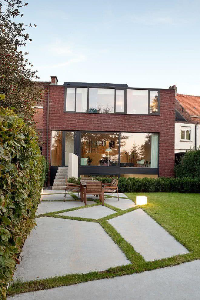 Casas modernas com vidros as fachadas de casas modernas for Casas modernas famosas