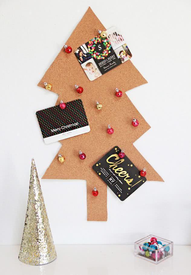 Árvore de Natal de cortiça.