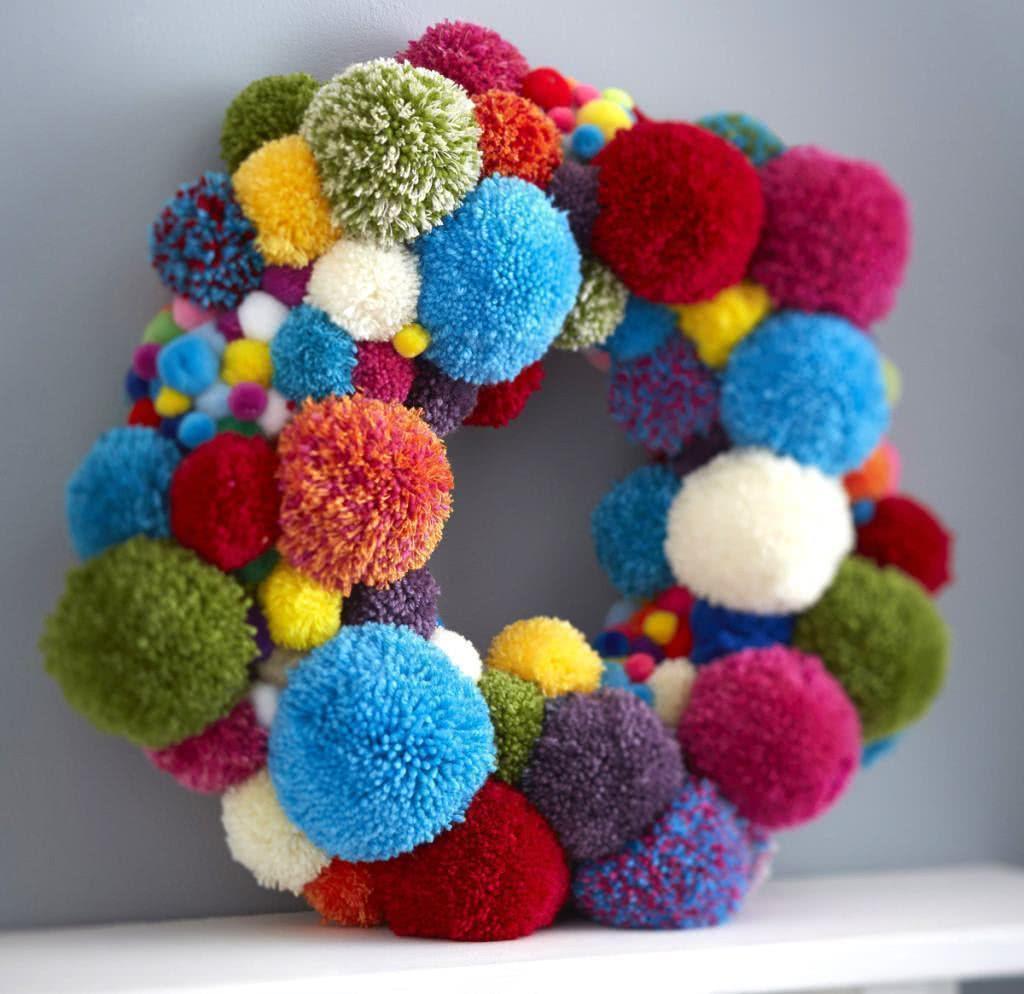 decoracao arvore de natal reciclavel : decoracao arvore de natal reciclavel:Imagem 60 – Guirlanda de Natal reciclável com capsula de café