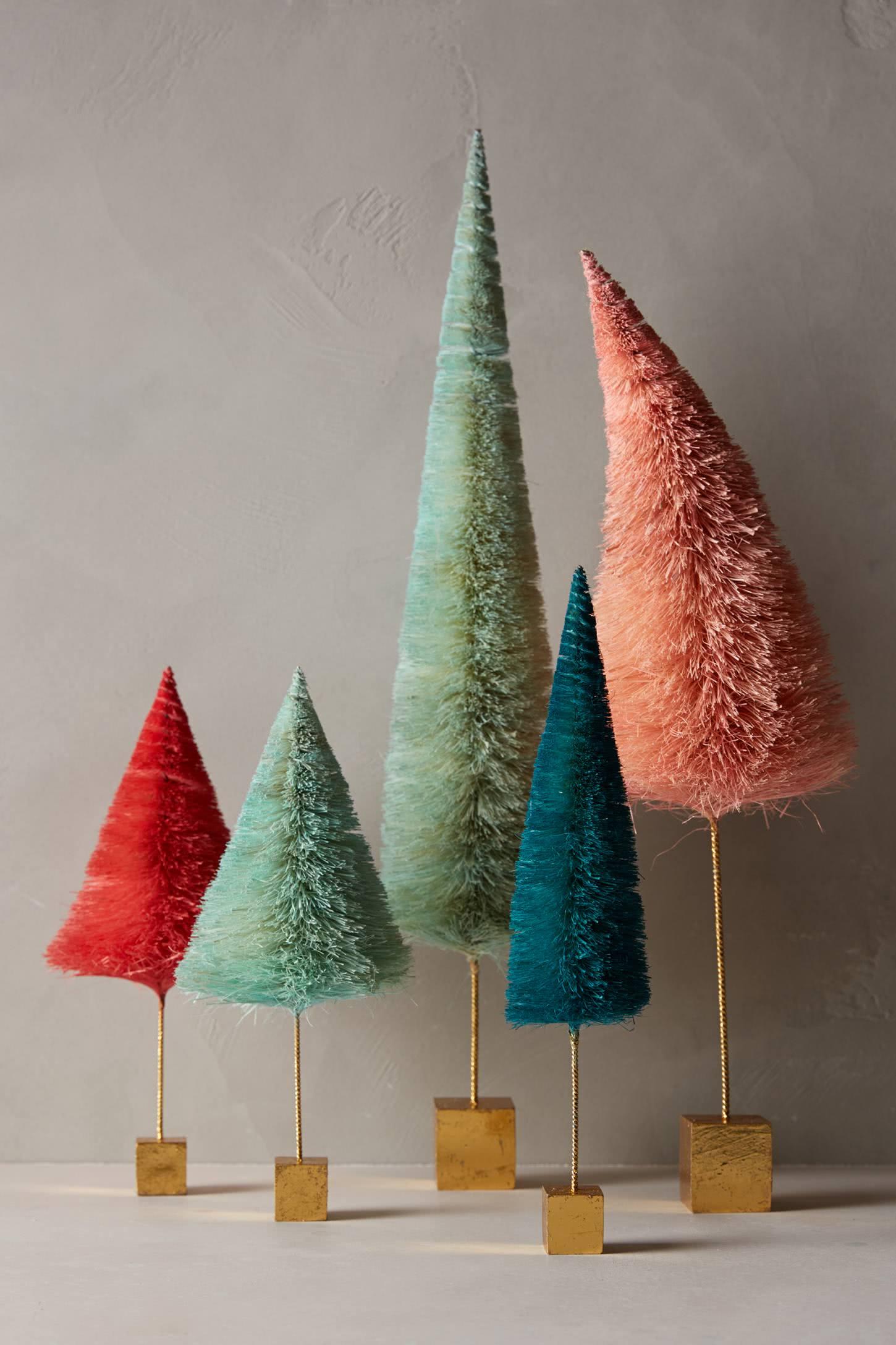 Enfeites em forma de árvore de Natal
