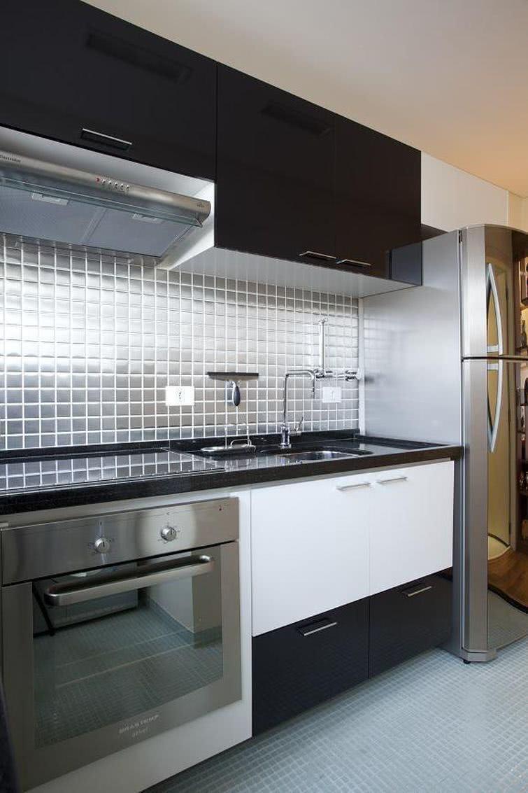 85 cozinhas decoradas com pastilhas fotos e aplica es - Cocinas con azulejos blancos ...