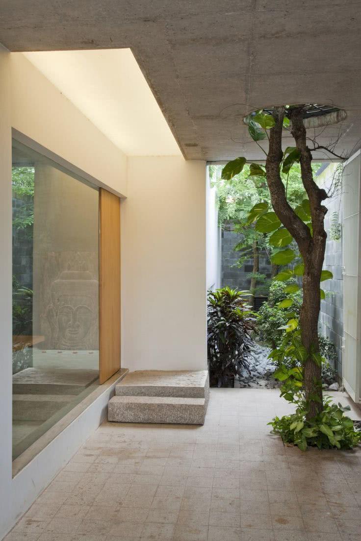 Jardim de inverno no corredor exterior
