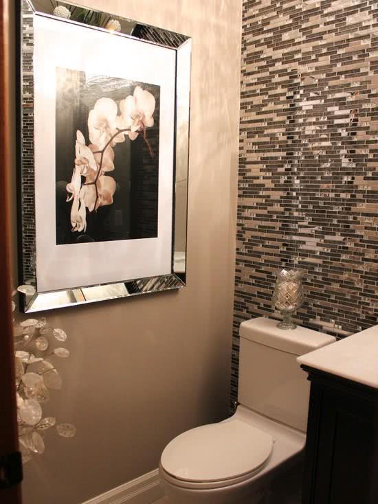 decoracao lavabos fotos:Imagem 09 – Lavabo pequeno com azulejos decorativos
