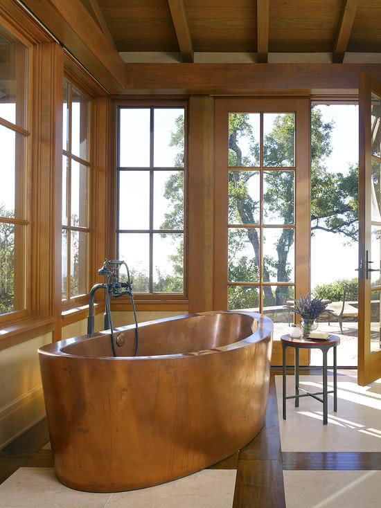 Banheira de cobre grossa