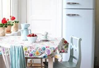 75 Geladeiras coloridas na decoração de cozinhas e ambientes