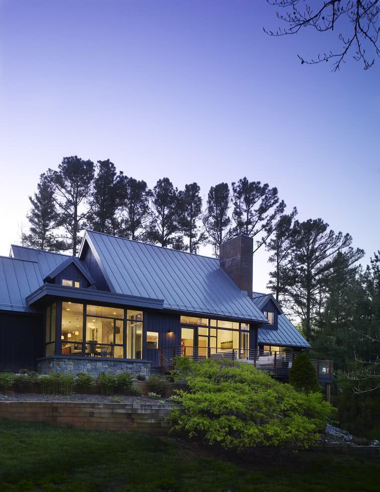 Projeto de casa de campo com estilo americano.
