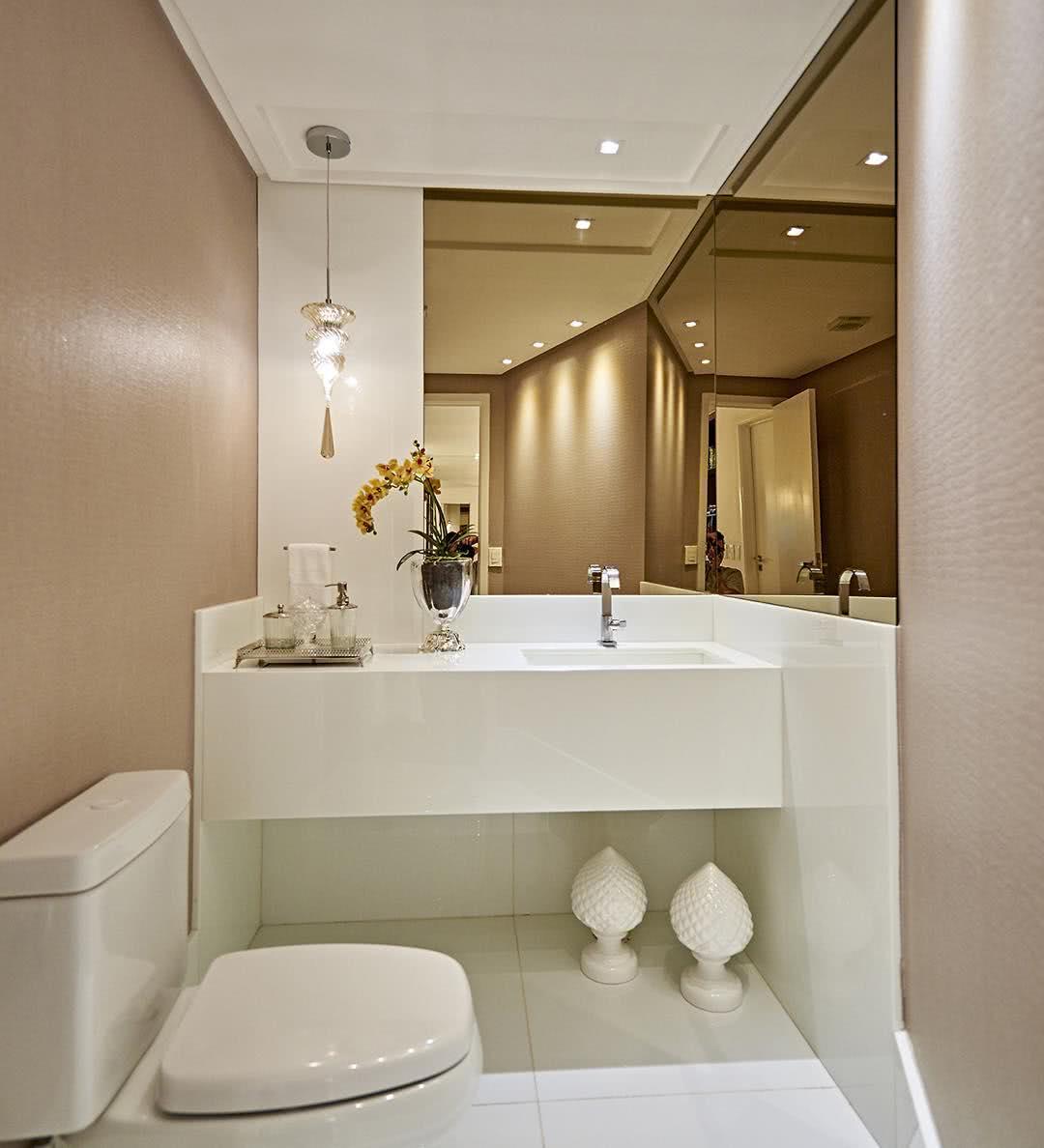 Fotos Salas De Jantar Com Espelhos : Fotos sala de jantar com espelho. #A88023 1080x1188
