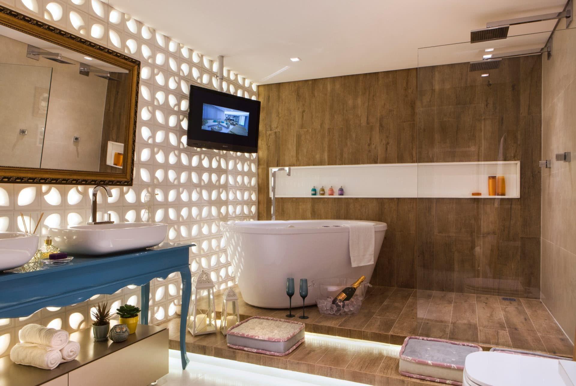 Banheiro moderno e elegante para quem gosta de relaxar