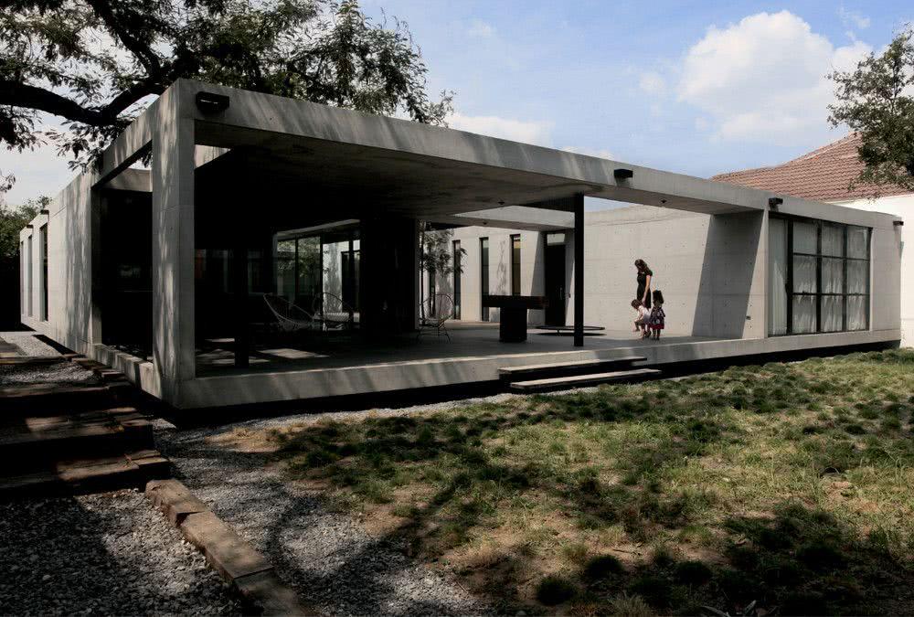 Projeto com volume retangular de concreto.