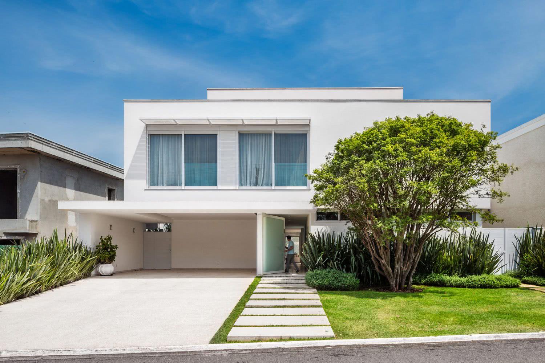 90 fachadas de sobrados modernos projetos incr veis for Casas minimalistas baratas