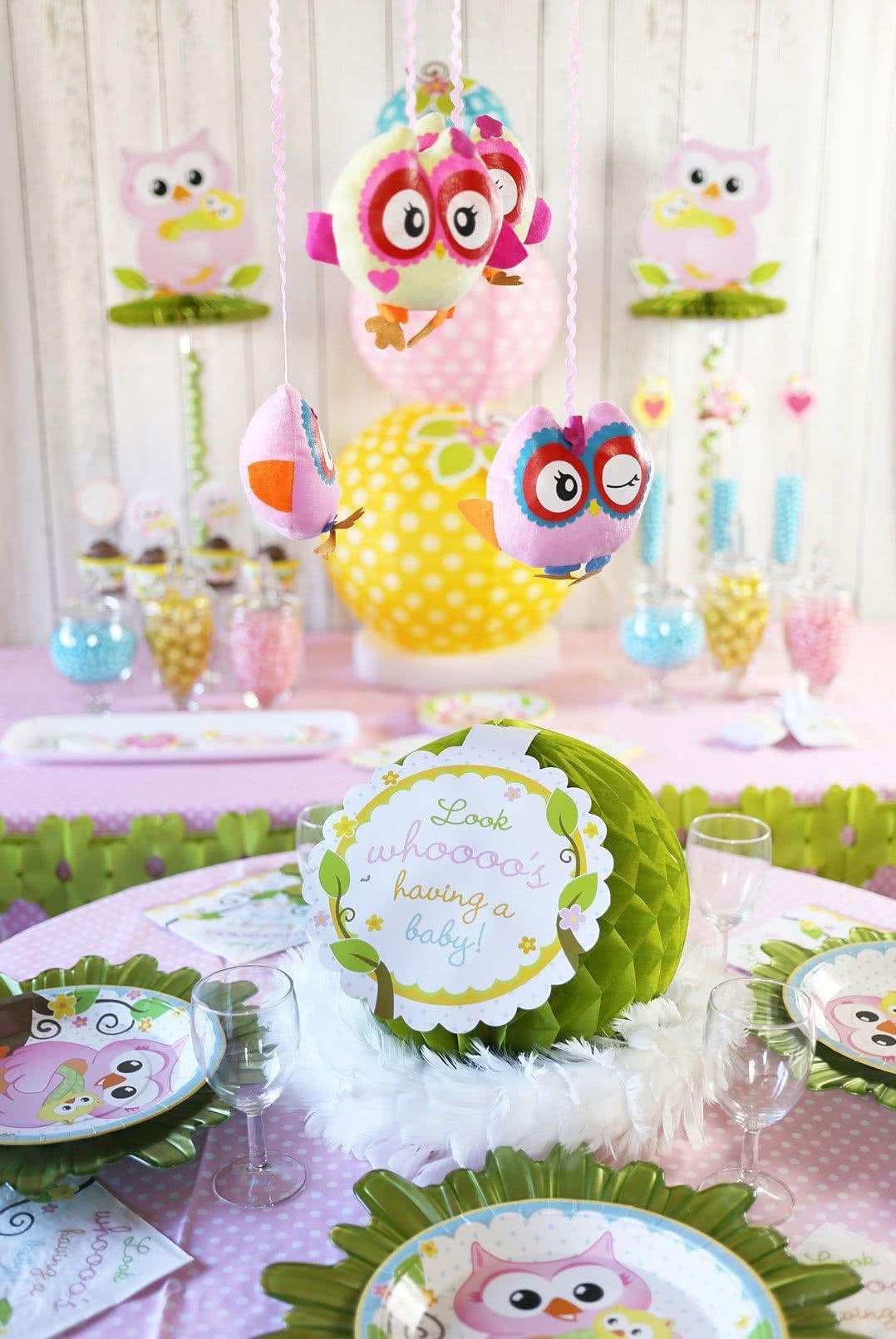 As corujinhas aparecem tanto nas festas infantis como nos chás de bebês por serem encantadoras e versáteis!