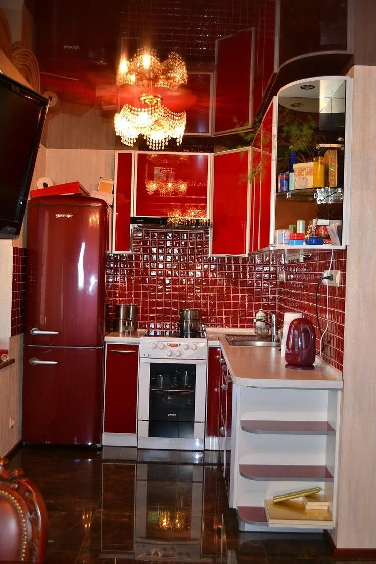 Proposta de cozinha totalmente vermelha