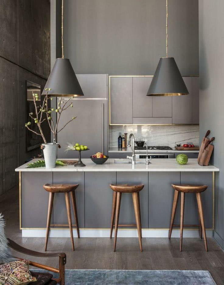Cozinha moderna grafite com destaque para os lustres8