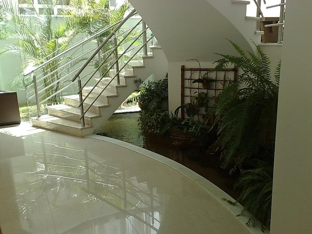 de inverno:Fotos – Jardim De Inverno Embaixo Da Escada 4 Jardim De #7B9239 1024 768
