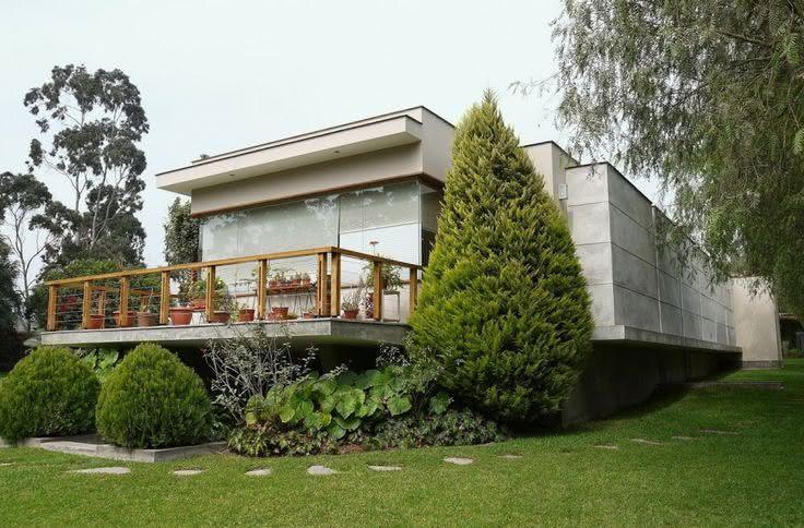 Fachada de casacom placas de concreto