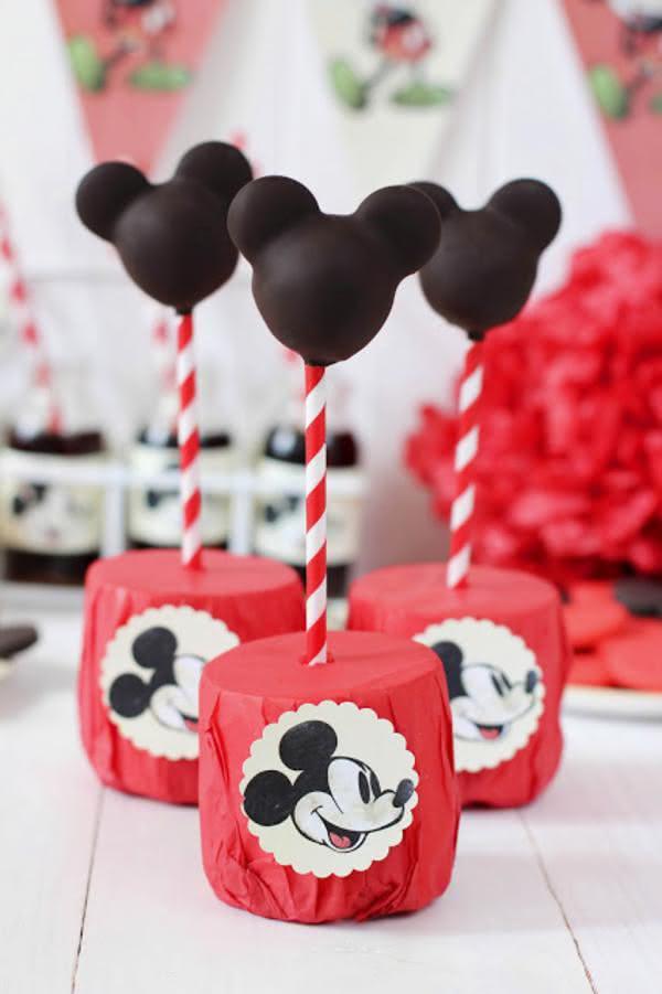 Como resistir aos cake pops do ratinho mais amado do mundo?