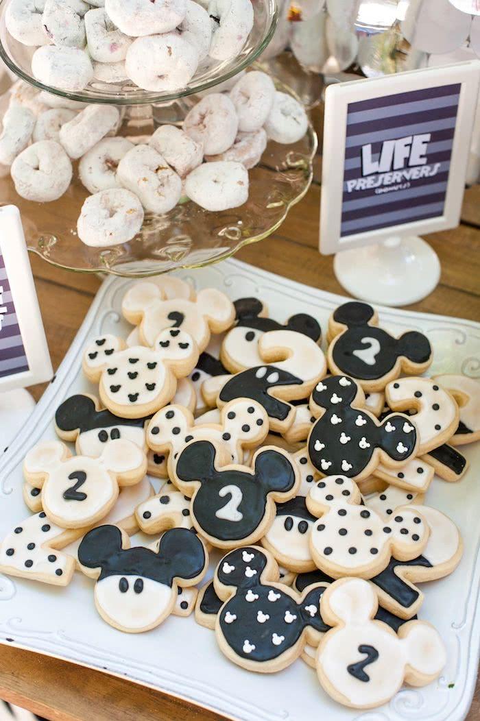 Biscoitos amanteigados adoçam e alegram a vida!