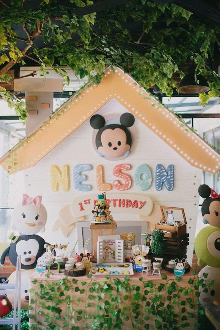 O tema Mickey Baby é indicado para bebês de até dois anos de idade.