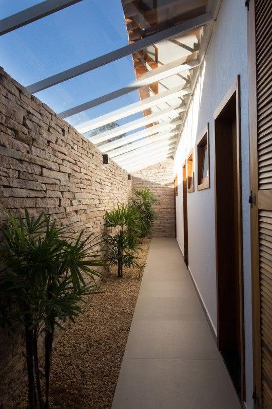 50 paredes com pedras como revestimento fotos for Terrazas economicas chile
