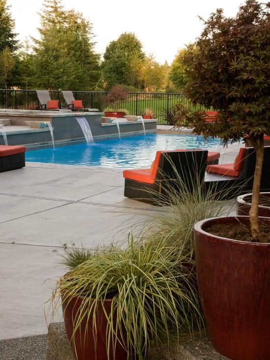 Cascata para piscina com cinco fontes