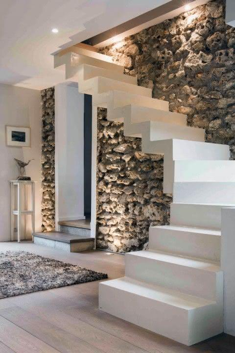 50 paredes com pedras como revestimento fotos - Interieur trap model ...