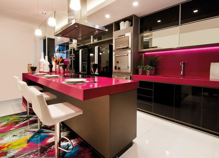 50 bancadas com silestone para cozinhas e banheiros for Modelos de cocinas chiquitas