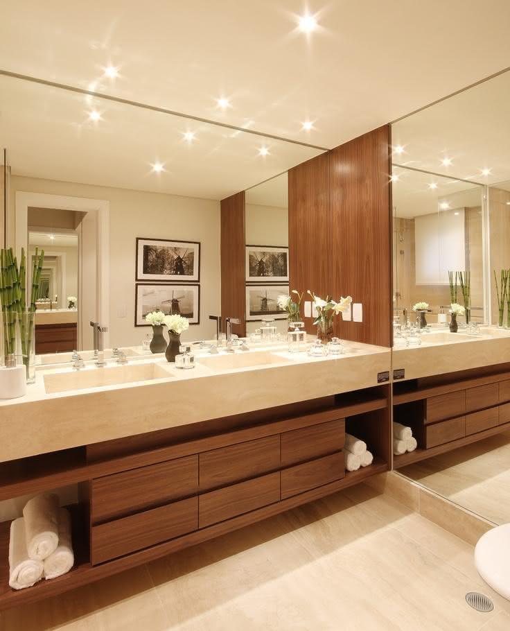60 Bancadas de Banheiros e Lavabos para te Inspirar -> Gabinete De Banheiro Travertino