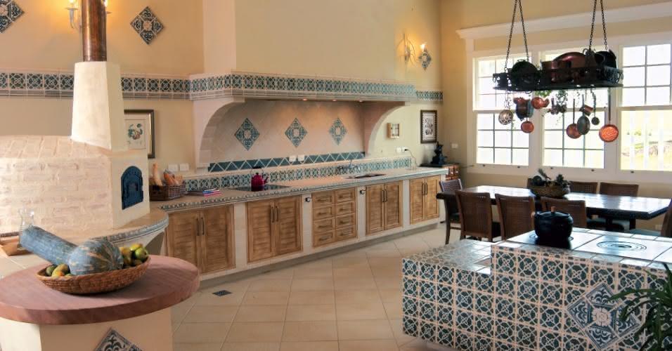 90 cozinhas com fog o a lenha para o seu projeto - Cosas rusticas para decorar casa ...