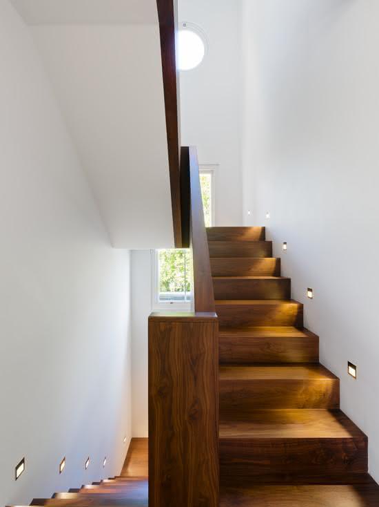 Escada em perobinha