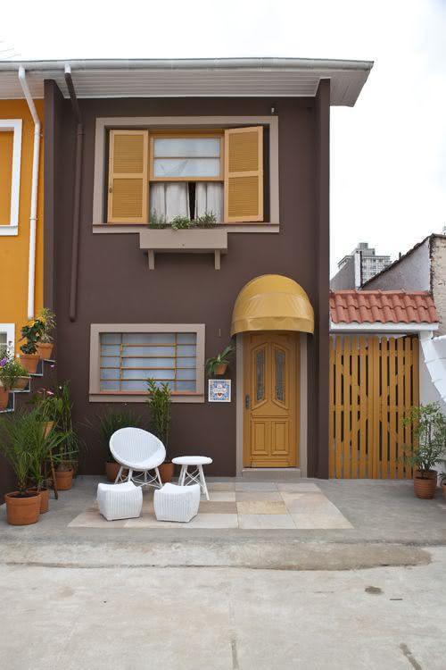 109 fachadas de casas simples e pequenas fotos lindas - Casas estrechas y largas ...