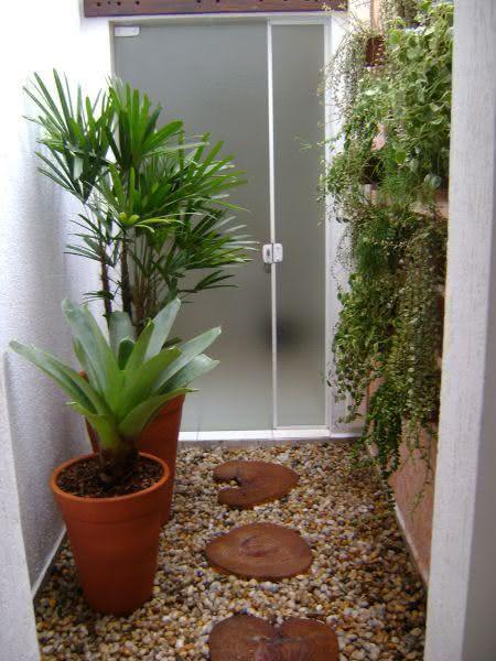 50 Jardins Pequenos Incríveis para Casas e Apartamentos -> Banheiro Pequeno Com Jardim De Inverno