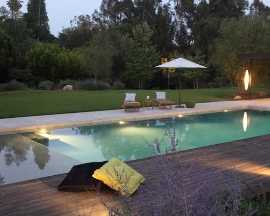 49 fotos de paisagismo para piscinas inspire se for Piscina residencial