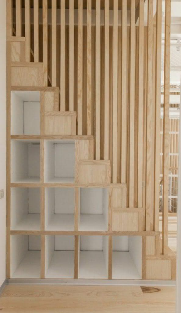 Escada de madeira modernas para o seu projeto