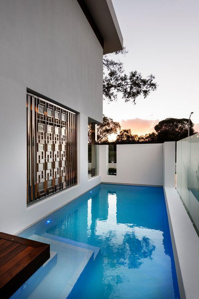 90 piscinas pequenas modelos projetos fotos lindas for Modelos piscinas pequenas para casas