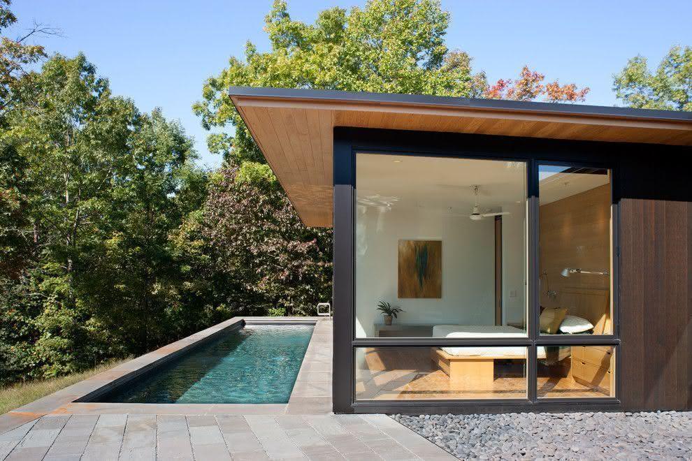 90 piscinas pequenas modelos projetos fotos lindas for Piscinas alargadas y estrechas