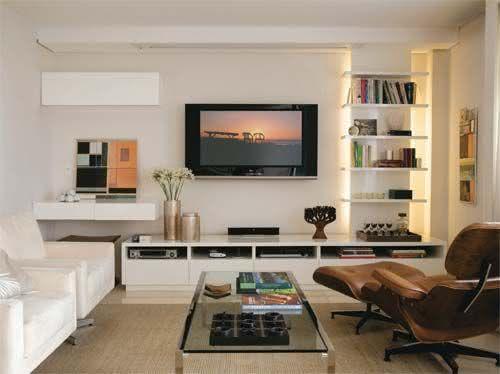 Sala De Estar Home ~ Imagem 27 – Sala de TV com trilho de iluminação