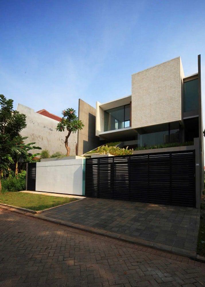Portão residencial preto