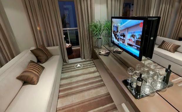 Sala De Tv Com Quadro ~ Imagem 56 – Sala de TV com Garden seat decorativo