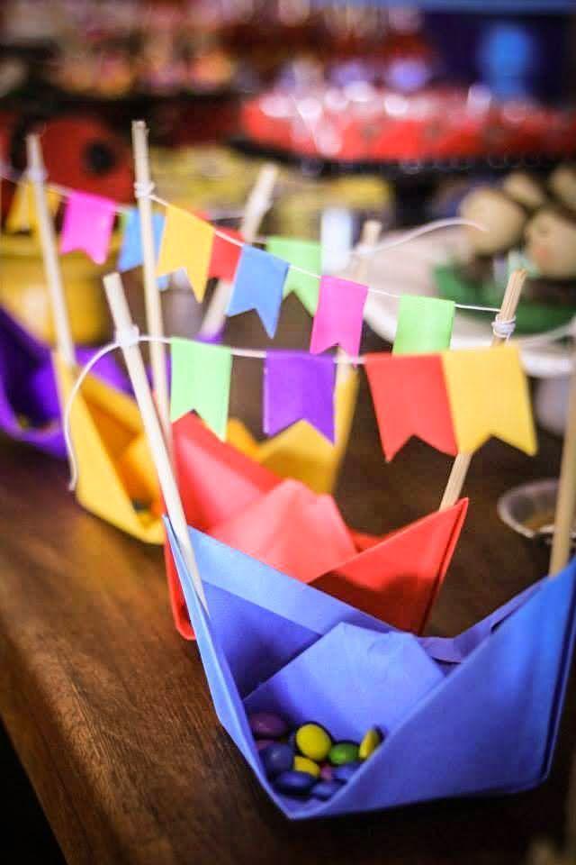 Barquinhos de papel para decoração de festa junina