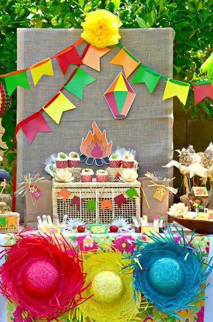 Decoração com linho para festa junina
